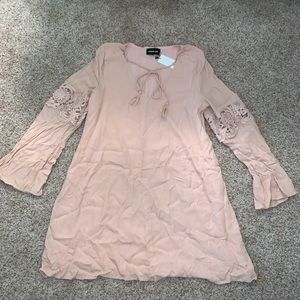 *nwt* sugarlips blush long sleeve flowy dress